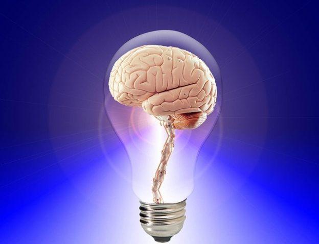 Gehirn leuchtet